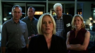 CSI: Crime Scene Investigation 14x21 : Kitty- Seriesaddict